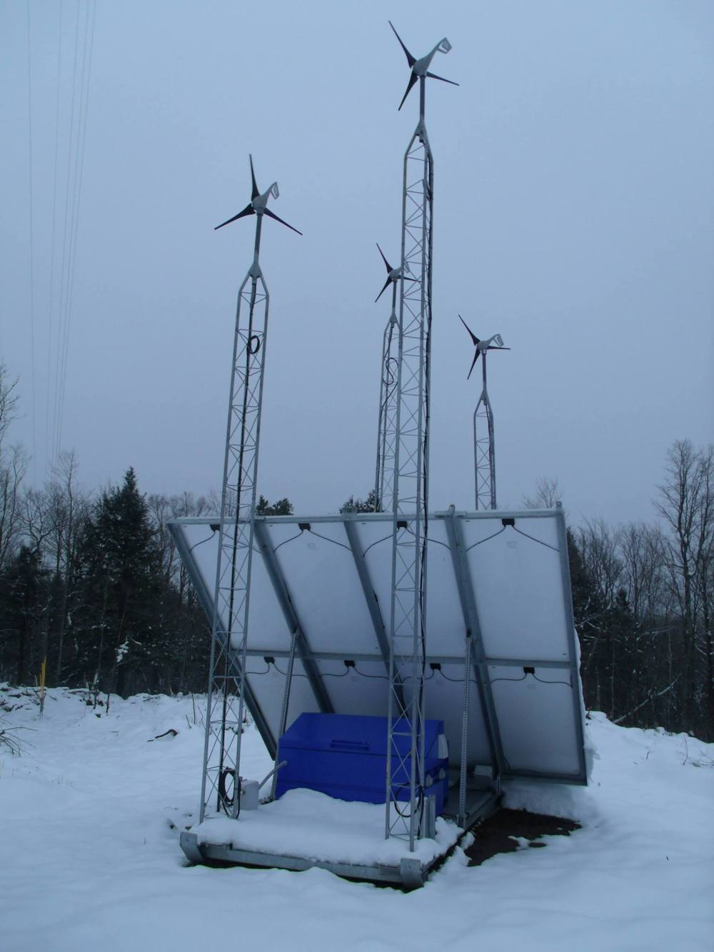 RES-wind-monitoring-station__photo-by-NancyHaun